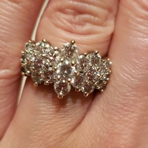 Amazing big 14k diamonds ring